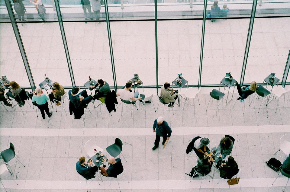 ビジネス初心者にとって欠かせない人を集める4つの手段