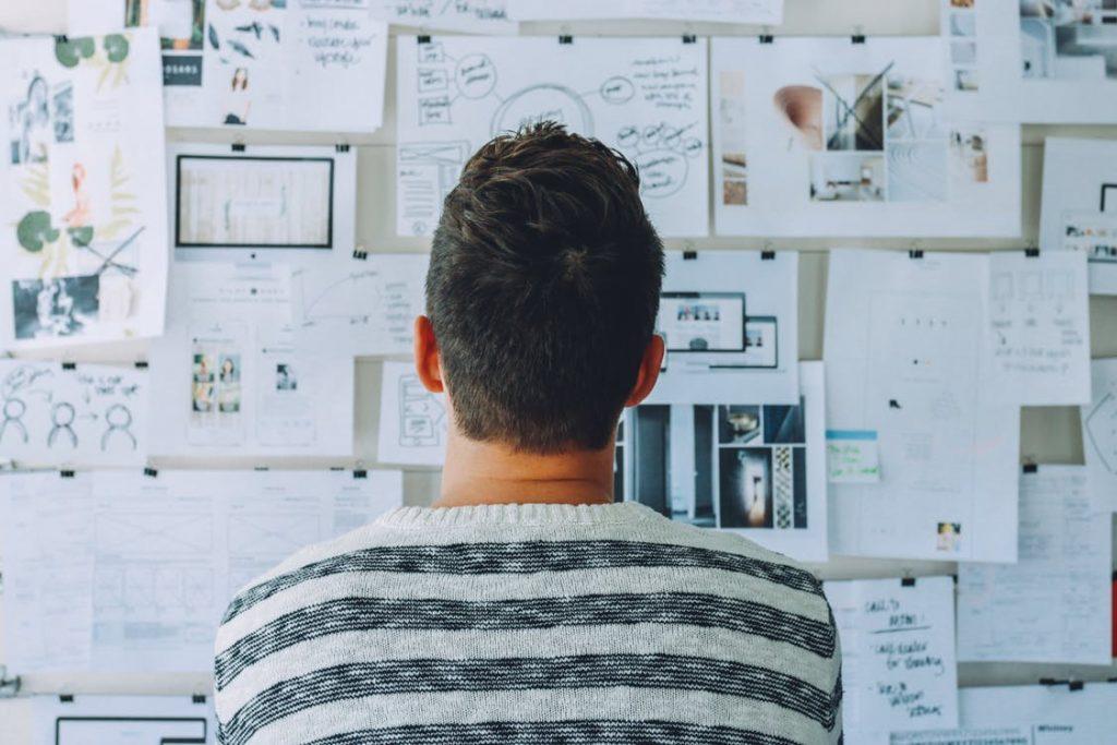 ビジネスで成功し稼げる人に共通する8つの思考