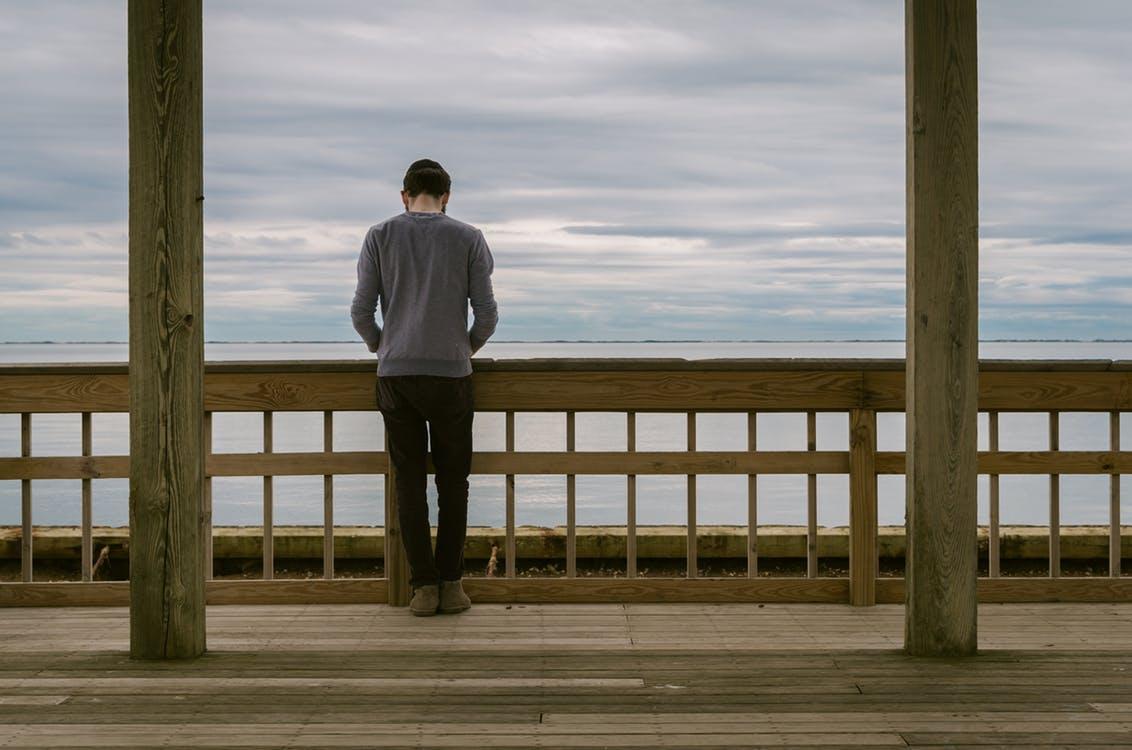 """起業家、経営者は孤独との闘い?でも、""""裸の王様""""になれば、ビジネスは必ず失敗する。"""