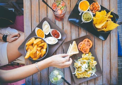 インスタが流行る時代でこれからの飲食店経営に必要な特徴とは一体何か?