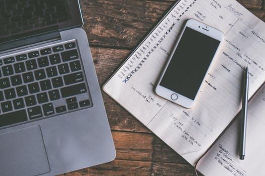 起業独立、フリーランスでもオウンドメディア(自社サイト)の充実で集客に困らない仕組みを作る