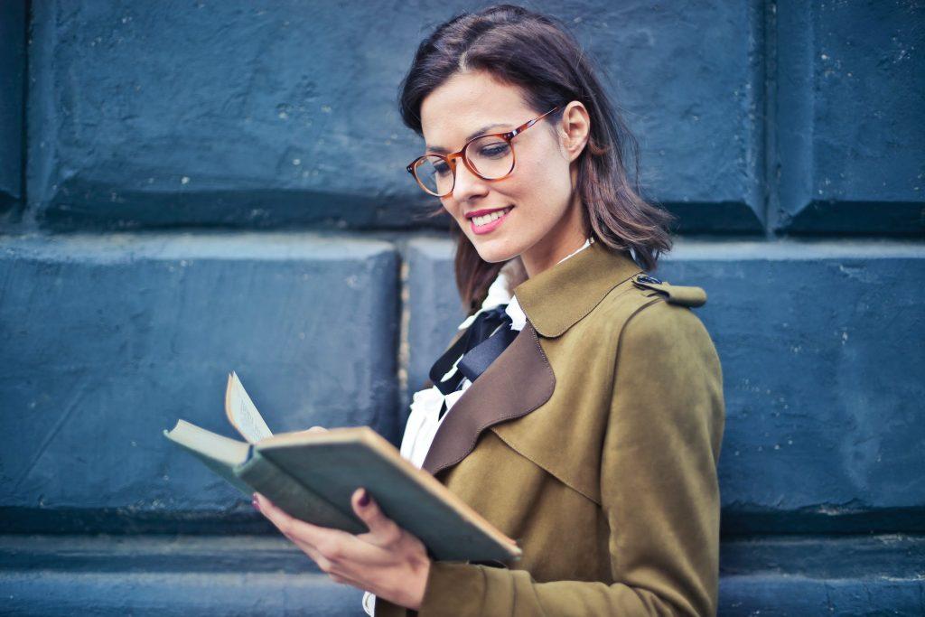 キャリアなんて関係ない!女性が1人で起業第一歩しやすいビジネスとは?