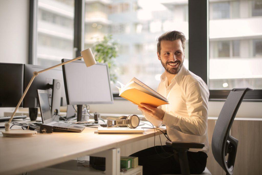 """誰でも一人で独立開業できる""""仕事の種類""""とは何か?サラリーマンから起業家を目指す人は必読!"""